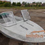 Стекло лобовое с форточкой для лодки Неман 1