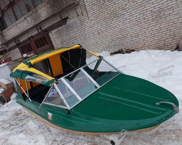 Ходовой тент на лодку Крым М на стекло производства tentlodka.ru